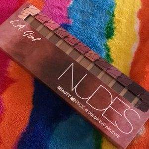 Nudes 12 color Eyeshadow Palette